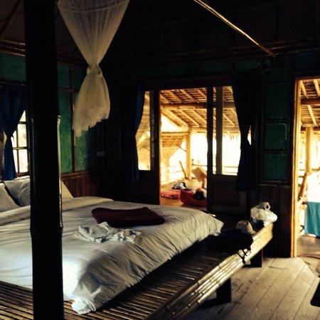 Sun Moon Bungalows : bamboo bungalow