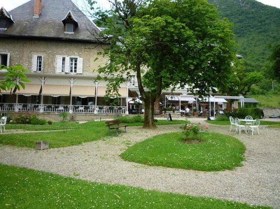 Chateau des Comtes de Challes - Hotel
