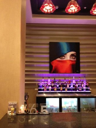 Novotel Panama City: Cool artwork everywhere