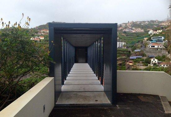 Estalagem Ponta do Sol: Brücke zum oberen Fahrstuhl