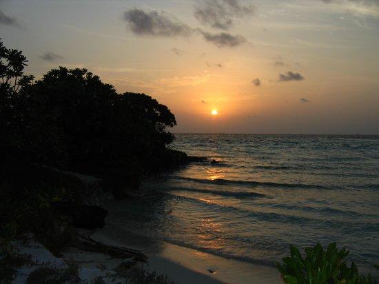 Fun Island Resort : Закат