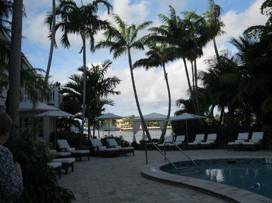 The Pillars Hotel Fort Lauderdale : Poolside