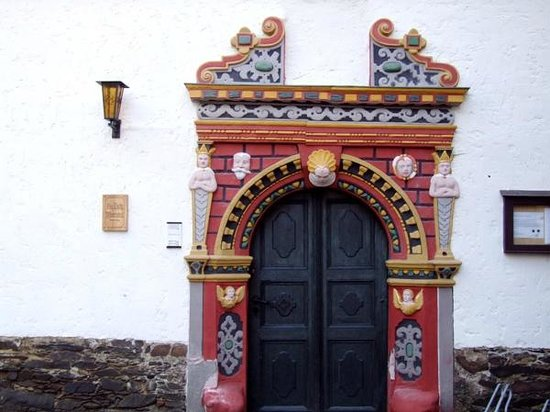 Ziegenruck, Germany: The rectory doorway