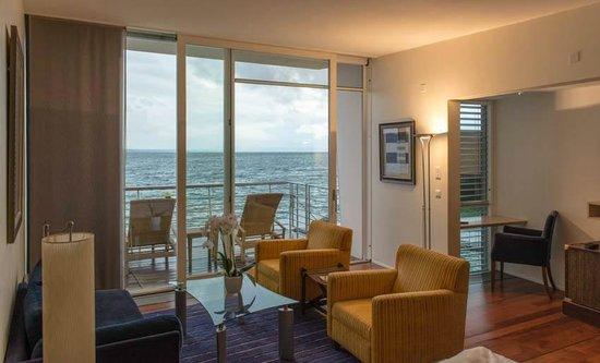 Hotel Palafitte : Hotelkamer met uitzicht op het meer