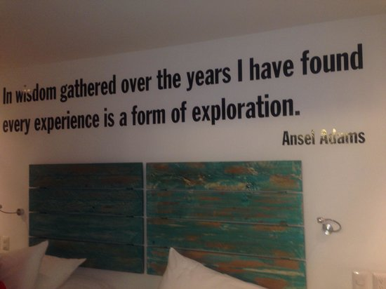 El MaPi by Inkaterra : Rooms with famous quotes.