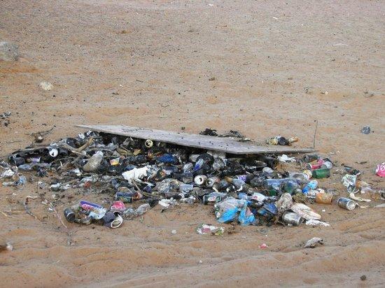 Desert Nights Camp: Garbage pile next to camp