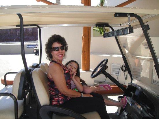 Costabaja Resort & Spa: Aquí en el carrito de golf