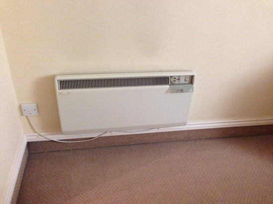 Hilton Bristol Hotel: Rooms need a little TLC - King room 280 heater didn't work.
