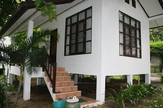 Vongdeuan Resort : домик Де Люкс