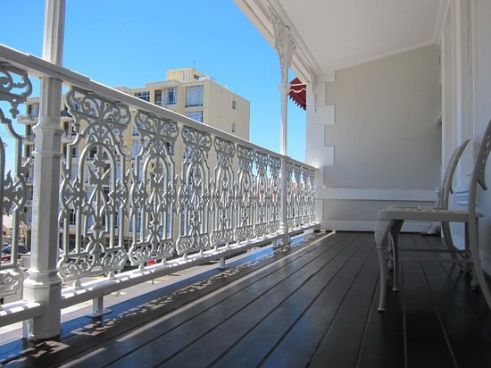 Underberg Guest House: The room balcony