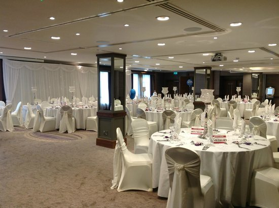 Malone Lodge Hotel & Apartments: banqueting suite