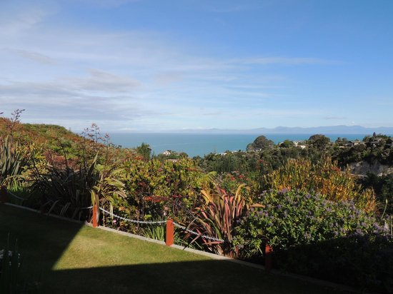 Bellbird Lodge: Lovely views of Tasman Bay