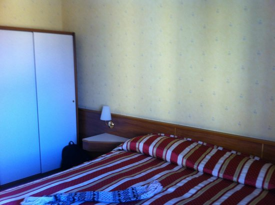 Hotel Re Enzo: Letto