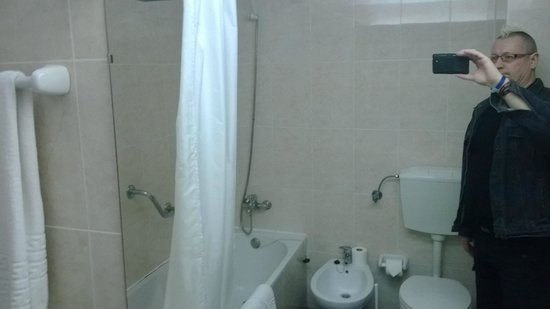 Vilanova Resort : bathroom