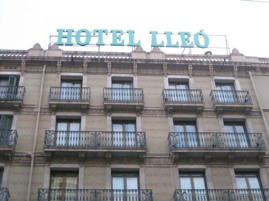 Lleo Hotel : hotel