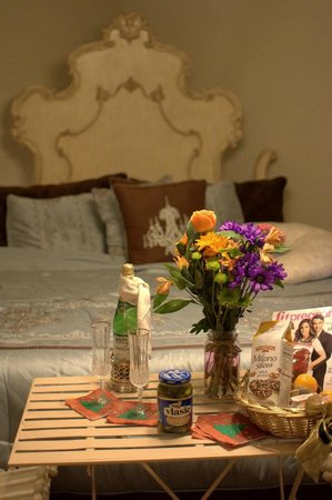 "Apple Tree Lane Bed & Breakfast: The wonderful ""cravings basket"" from the Babymoon package, in the Master Suite."