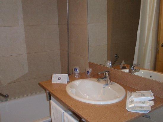Hotel RH Casablanca & Suites: Baño