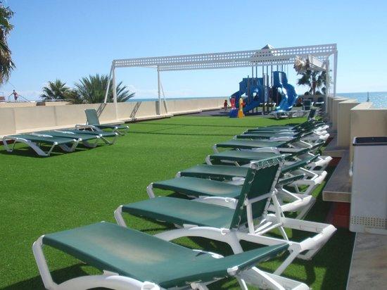 Hotel RH Casablanca & Suites: Azotea con parque infantil