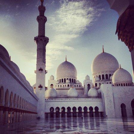 Scheich-Zayid-Moschee: Zayed Moschea