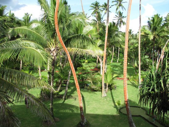 The Warwick Fiji : View from the room to mini golf green
