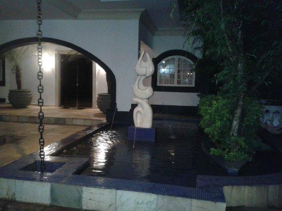 San Raphael Country Hotel: Area externa do restaurante