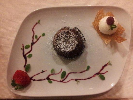 La Loggetta Ristorante: tortino al cioccolato