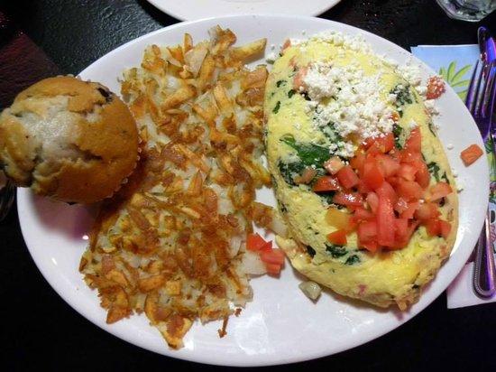 The Peppermill Restaurant & Fireside Lounge: Feta cheese and veggie omelet