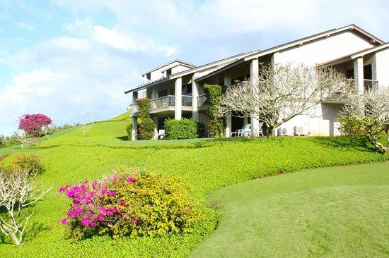 Hanalei Bay Resort : Condo building