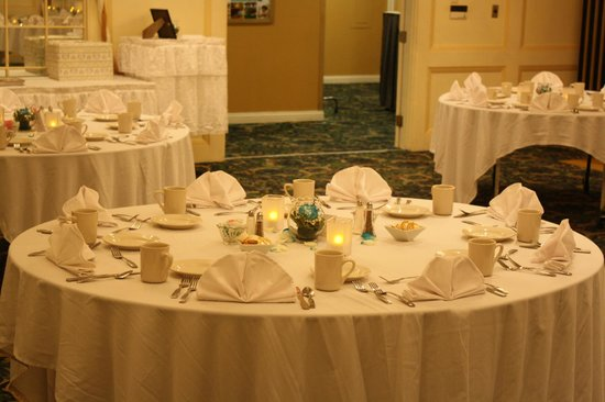 Senator Inn & Spa : State Room Wedding