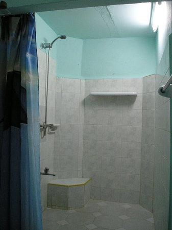 Casa La Cochera: ducha
