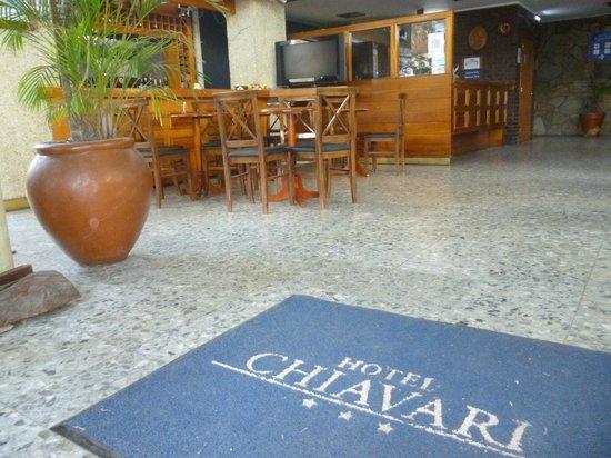 Hotel Chiavari: ENTRADA AL HOTEL