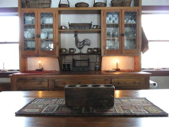 Cottonwood Inn: Kitchen