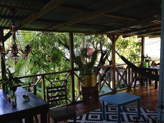 Panama's Paradise Saigoncito : very tranquil veranda