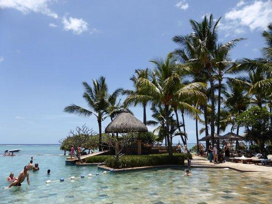 La Pirogue Resort & Spa-Mauritius: la piscine