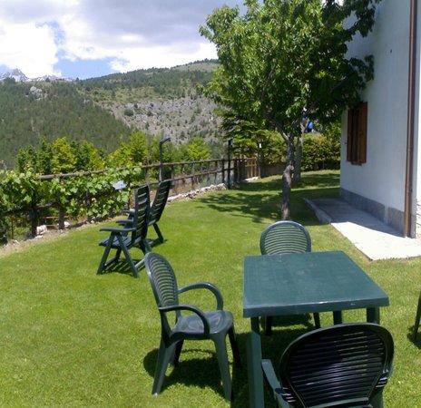 Gransasso : giardino laterlale