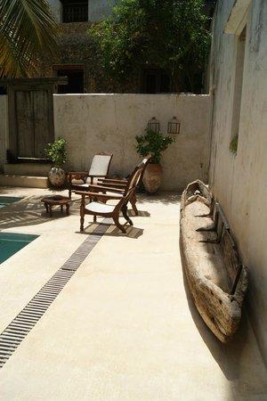 Lamu House Hotel : Pool area