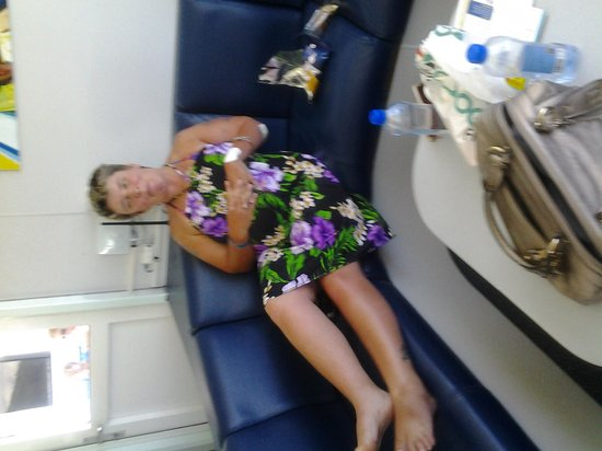 Yasawa Flyer Ferry: My daughter was very comfortable in the Captains Lounge