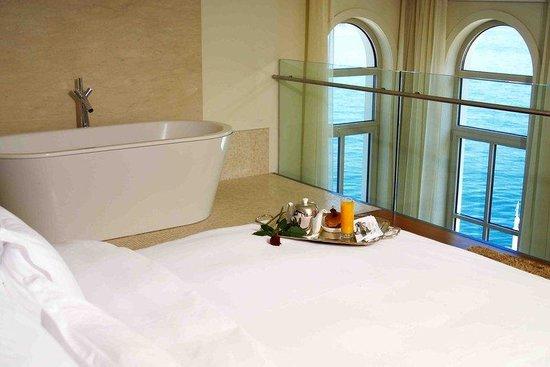 Ajia Hotel: Mezzanine Picture