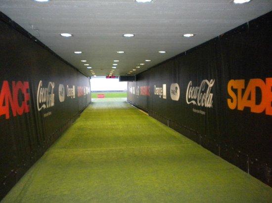 Stade de France : hall qui mène à la pelouse