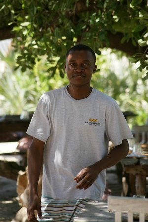 Lamu House Beach Club : Service with a smile