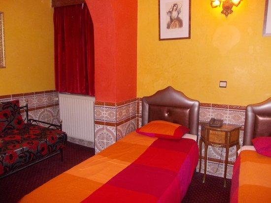 hotel mozart - stanza 139 - scorcio 2