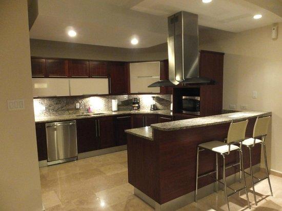 Ciqala Luxury Suites: Cocina