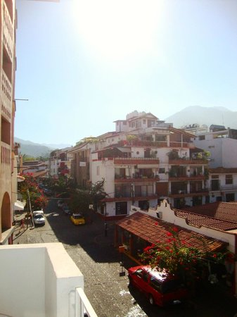 Hotel Rio Malecon Puerto Vallarta : View away from ocean room 212