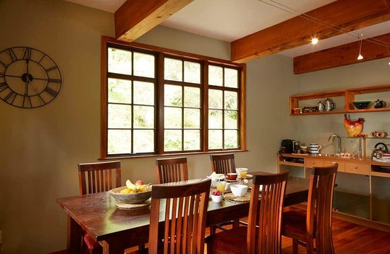 The Resurgence : Breakfast room in main Lodge