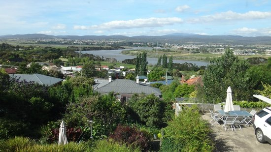 Forest Road Apartments: View to Tamar River