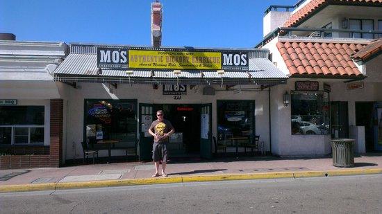 Mo's Smokehouse BBQ: Me Stuffed, Phew!