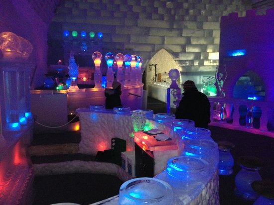 The Aurora Ice Museum: Ice bar