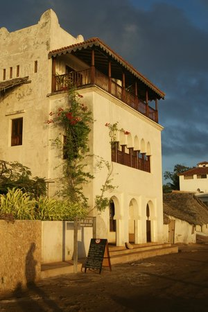 Lamu House Hotel and Moonrise restaurant