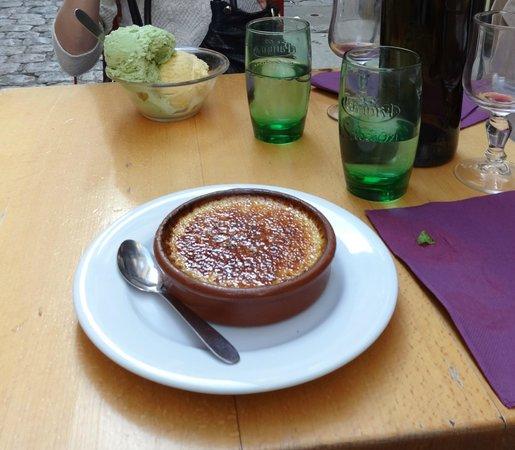 Le Laurencin : И, наконец, вкусняшки на десерт. Если кто-то сможет их съесть:)