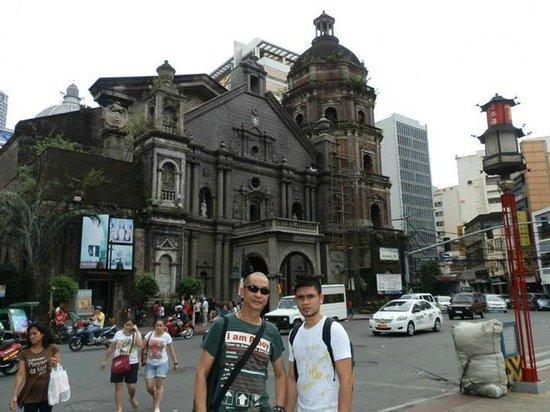 Chinatown: The famous landmark, the Binondo Church (Minor Basilica of St. Lorenzo Ruiz)